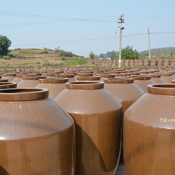 大型土陶酒坛
